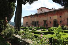 From Florence. Private Short Chianti Day with Winery Visit and Lunch