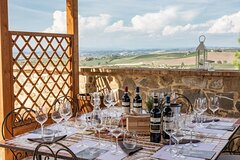 Private Cooking Class & Brunello Wine Tasting at a Boutique Winery in M