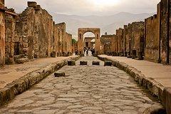 Pompeii, Vesuvius & Wine Tasting