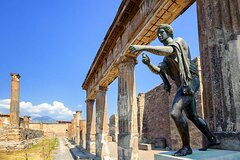Pompeii and Vesuvius Boat Trip from Sorrento with Lunch