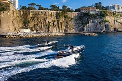 Private Full-day Luxury Boat Tour to Capri from Amalfi Coast