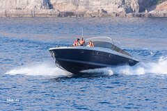 Private Full-Day Capri Tour by Boat from Positano