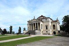 Private Full-Day Tour of Palladios Villa from Venice