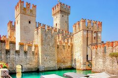 Private Tour in Franciacorta and Sirmione Castle