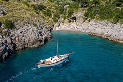 Private Boat Tour of the Amalfi Coast from Sorrento