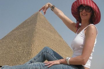 Cairo VIP tour Giza Pyramids with lunch and camel ride
