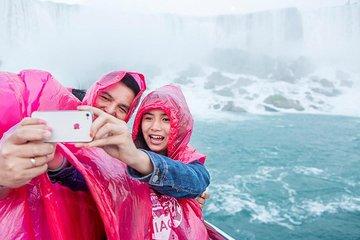 Niagara Falls Full-Day Tour from Brampton Hotels