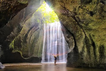Best of Bali Waterfalls: Tibumana, Tukad Cepung and Tegenungan