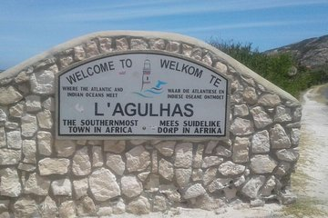 Private Day Tour:Cape Agulhas Tip of Africa Winelands Penguins from Cape Town