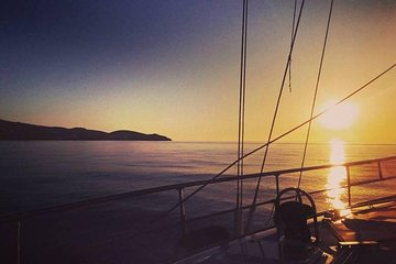 Private Luxury Sunset Sailing Cruise in the Athenian Riviera