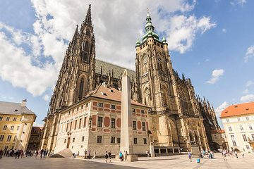 Prague Castle and Castle District Walking Tour