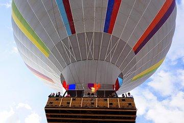 Sunrise Hot Air Balloon Ride in Phoenix with Breakfast