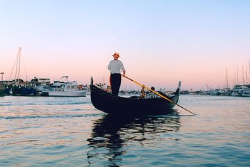 50 Minute Gondola Tour Of Newport Harbor 2020 Beach