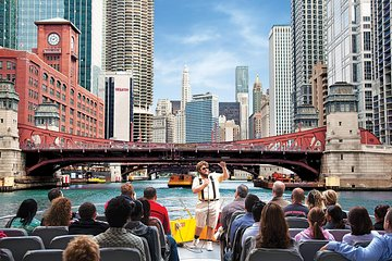 Lake Michigan and Chicago River Architecture Cruise by Speedboat