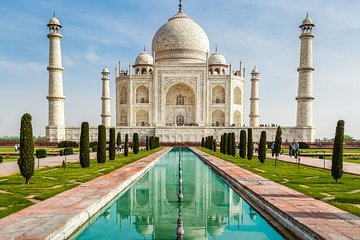 Private Tour: Day Trip to Agra from Delhi Including Taj Mahal and Agra Fort Tickets