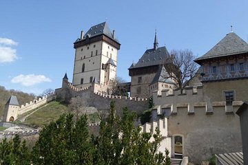 Countryside Tour on E-Bikes from Prague to Karlstejn Castle Tickets