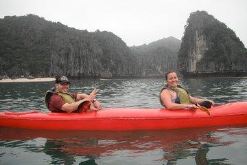 Cat Ba Lan Ha bay Halong Bay Full Day Kayaking
