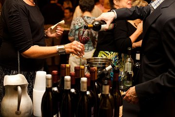 Wine Class and Tasting in Milan - small group tour