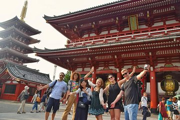 Tokyo Private Custom Walking Tour with local friendly guide
