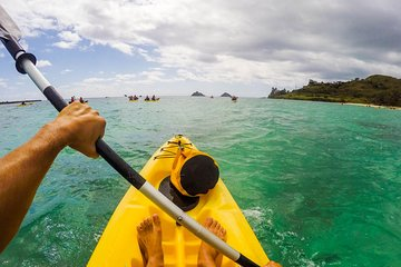 Kailua Beach Self-Guided Kayak Adventure to the Mokulua Islands