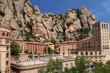 Morning Access to Montserrat Monastery from Barcelona