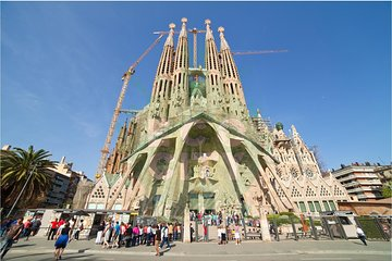 La Sagrada Familia Guided Tour