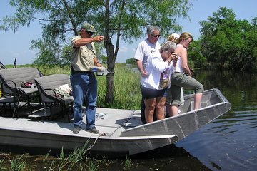 Small-Group Half-Day Airboat Swamp Adventure & Plantation Tour from New Orleans