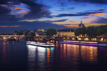 Seine River Paris by Night Sightseeing Sparkling Cruise with Champagne