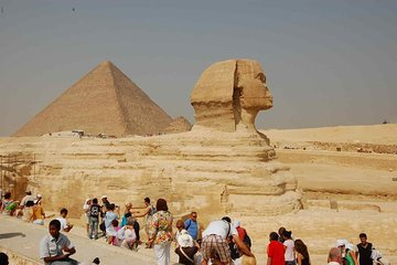 Private Cairo, Giza Pyramids and Sphinx Tour by Bus from Sharm El-Sheikh