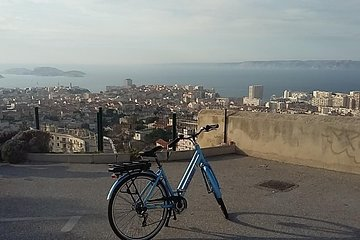 Marseille Shore excursion : Urban Electric Bike Tour of Marseille Tickets