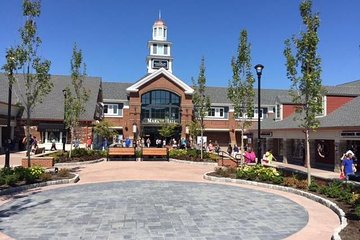 Woodbury Common Premium Outlets Shopping Tour, from NYC