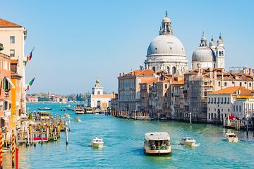 Semi Private Grand Canal 1-Hour Boat Tour