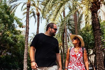 Highlights & Hidden Gems With Locals: Best of Barcelona Private Tour
