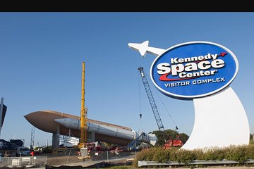 Entry to Kennedy Space Center with Transportation from Miami