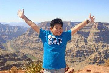 Dagtrip naar de Grand Canyon West Rim per touringcar met Heli Landing en optionele Skywalk
