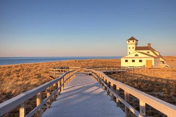 Autumn in Cape Cod: Fall Foliage Day-Trip from Boston with Harbor Cruise