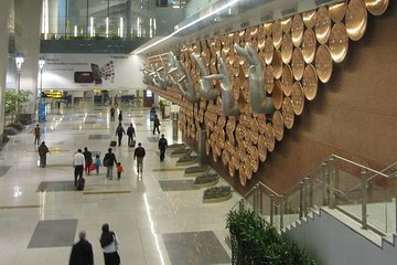 Delhi - Private arrival transfer from Airport to Hotel