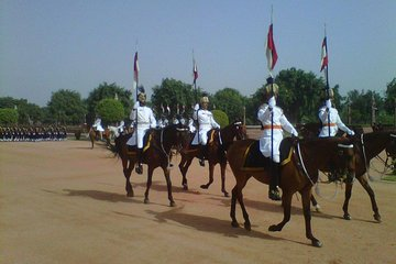 Rashtrapati Bhavan Changing of Guard and Museum Ticket Independent Tour