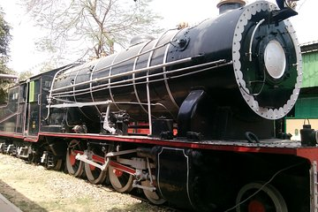 Visit to Rail Museum or Dolls Museum with India Gate (private hotel transfers)