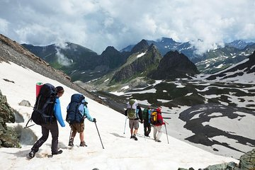 5-Day Himalayas Trek: Mt Everest Region with Round-Trip Flights from Kathmandu