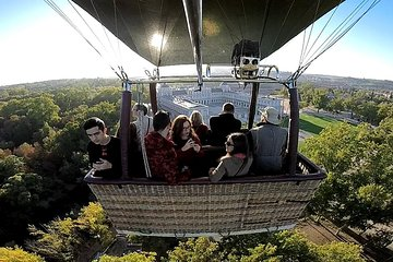 Hot-Air Balloon Ride over Aranjuez with Optional Transport from Madrid