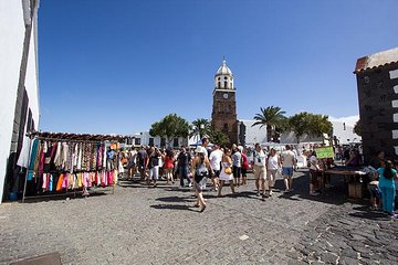 Teguise Market and Cesar Manrique Foundation Tour in Lanzarote Tickets