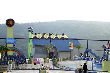 Stay package with amusement park for 2pax for 2 nights