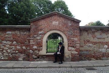 Small Group Jewish Quarter Walking Tour in Krakow Tickets