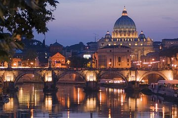 Rome by Night with Pizza and Gelato (max 8 people with driver)