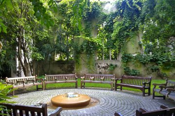 Sacred Secret Sanctuary Gardens and Ruins of London Private Tour