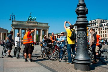 Berlin Highlights Bike Tour in Small Groups
