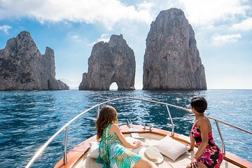 CAPRI BOAT TOUR WITH SNORKELING...