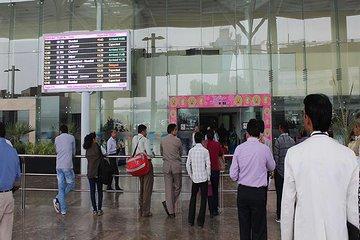 Private Delhi Airport to Agra Transfer