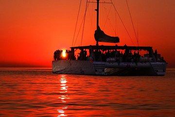 Sunset Dinner Cruise in Marseille